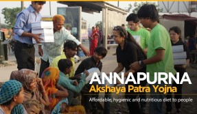 Healthy food available at Rs. 10 for Poor offered by Annapurna Akshaya Patra Yojana.