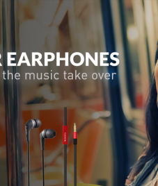 Slanzer Technology offers a wide range of strikingly and stylish Earphones
